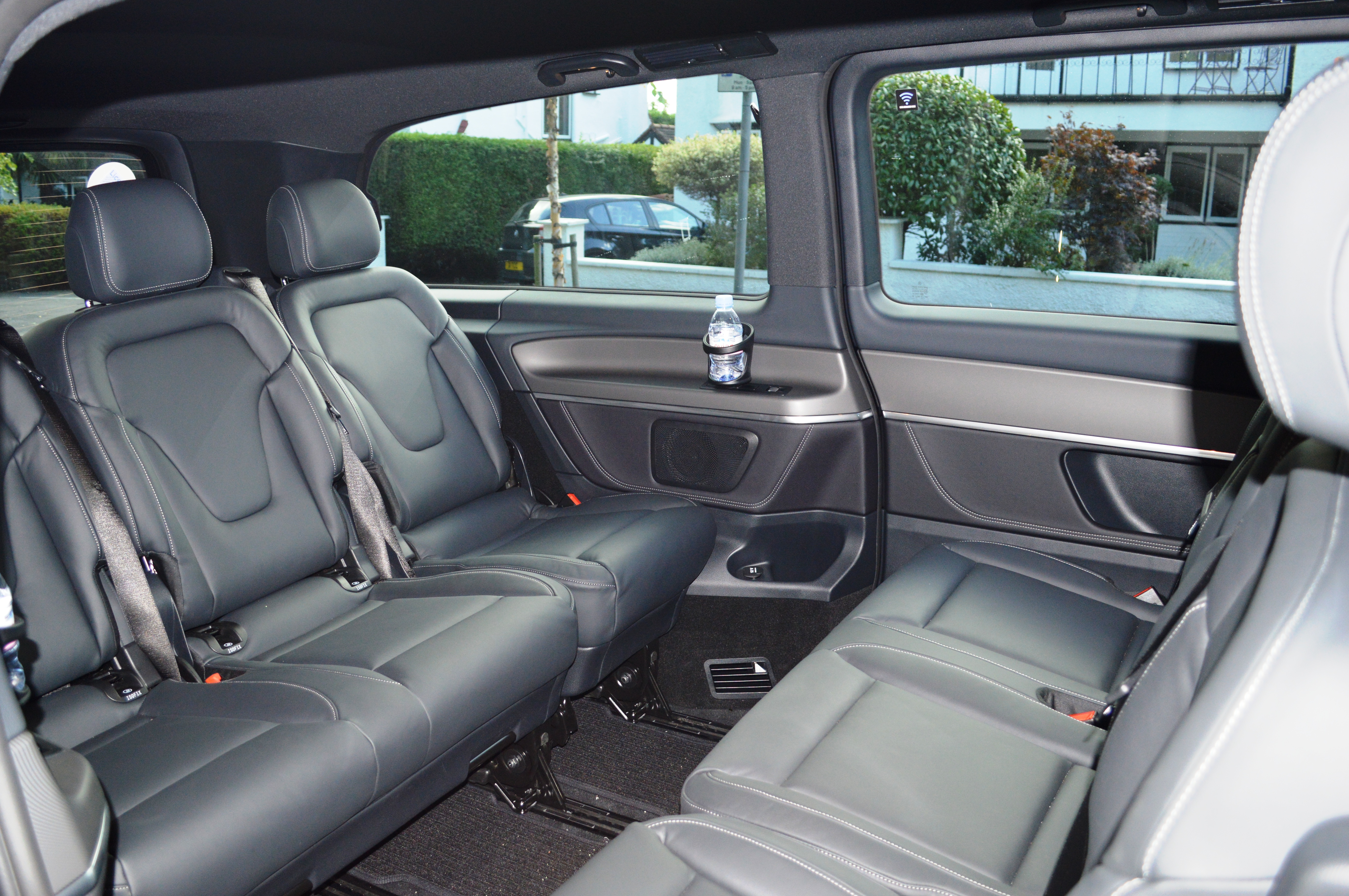 Mercedes benz v class for Mercedes benz house of imports service